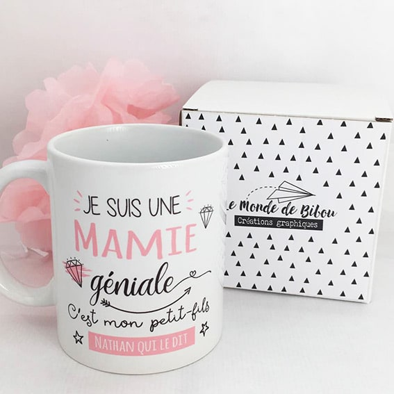 mug cadeau personnalis pour une mamie g niale. Black Bedroom Furniture Sets. Home Design Ideas
