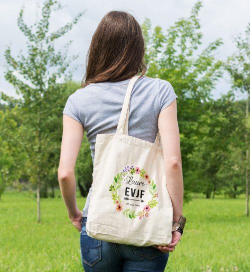 Cadeaux EVJF, sac tote bag enterrement de vie de jeune fille thème couronne de fleurs