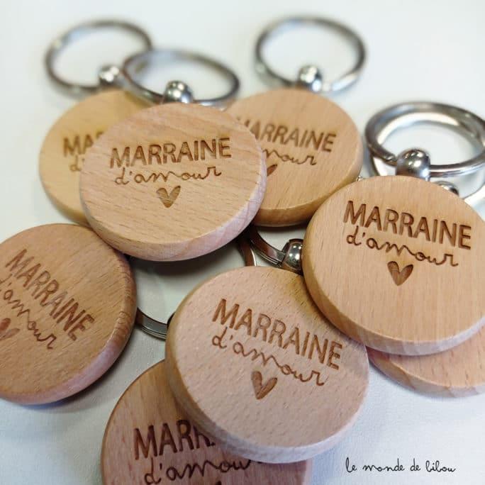 Porte clés en bois Marraine