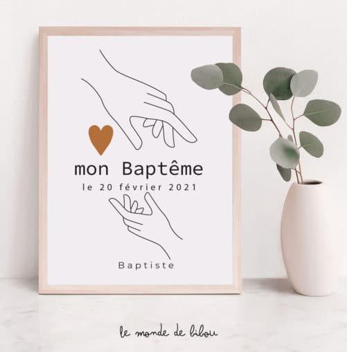 Affiche Baptême personnalisée Mains sur le cœur