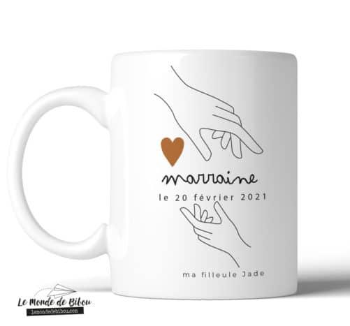 Mug personnalisable Marraine Mains sur le cœur