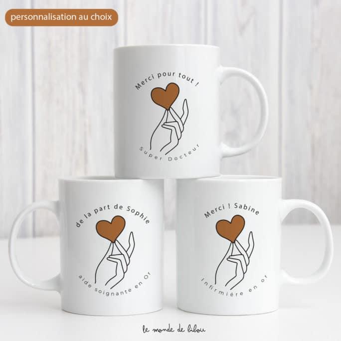 Mug pour soignants Main sur le cœur