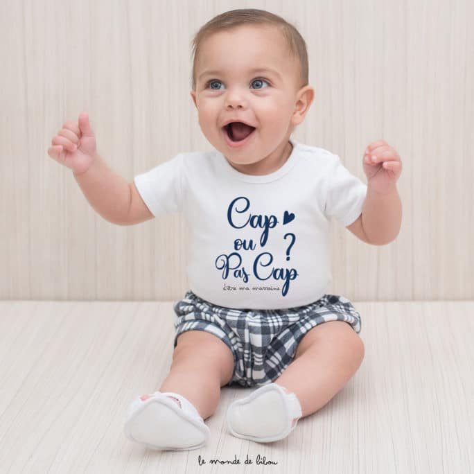 T-shirt bébé cap ou pas cap d'être ma marraine ?