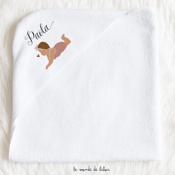 Cape de bain pour bébé illustration fille